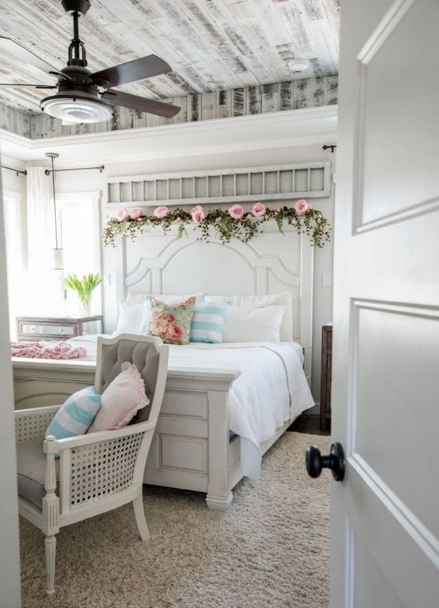 01 Rustic & Romantic Spring Bedroom Decor