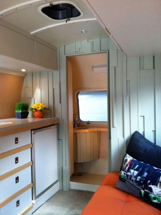 02 Farmhouse Airstream Design Ideas