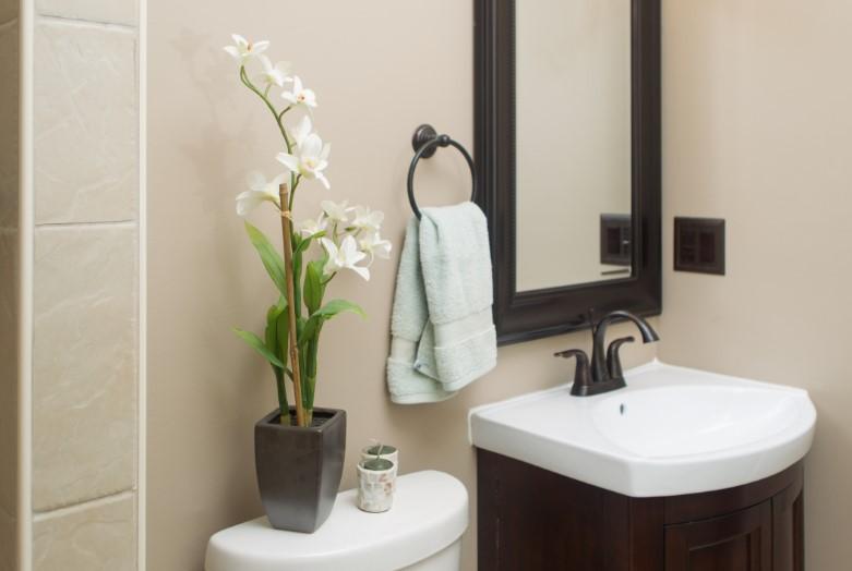 intimidating very small powder room ideas #halfbathroomideas #halfbathroom #bathroomideas #smallbathroom
