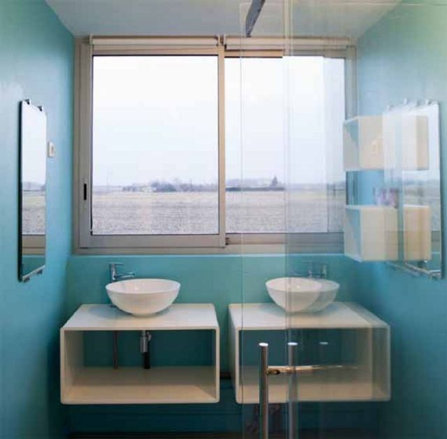 01 Airstream Minimalist House Design