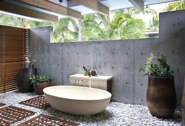 Modern Outdoor Bathroom 2