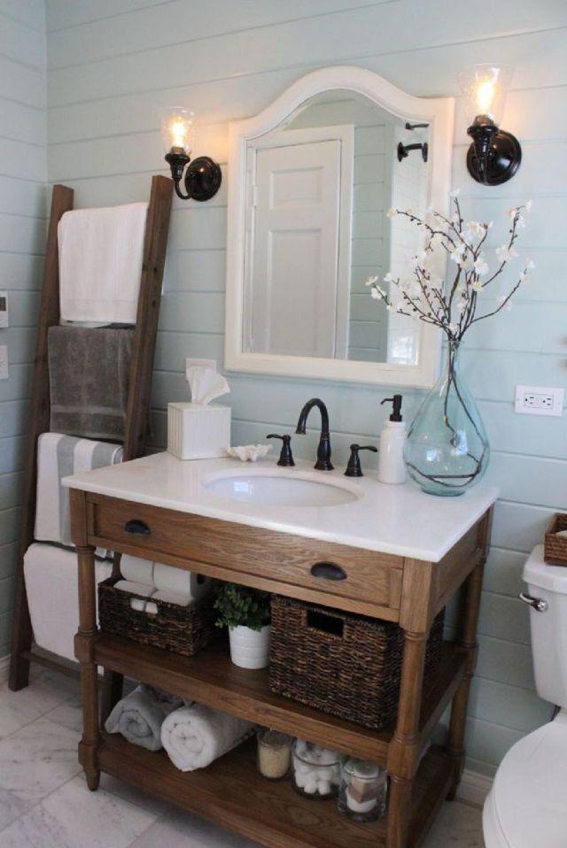 1 Clean Farmhouse Main Bathroom