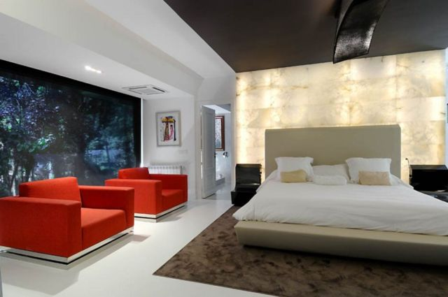 Futuristic Style with Decorative Mirrors 2