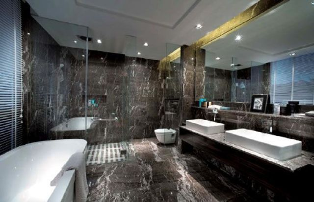 2 Modern Luxury Bathroom Designs