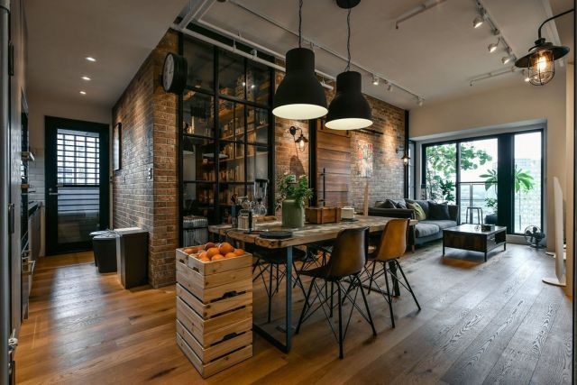 Industrial Style Apartment Dining Room 1