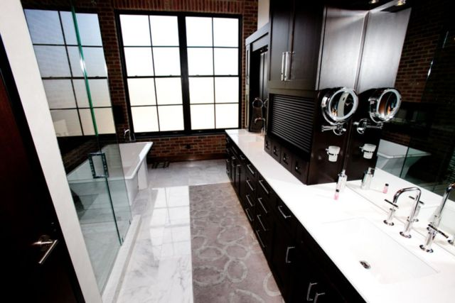 Bathroom Industrial Style Apartment 2