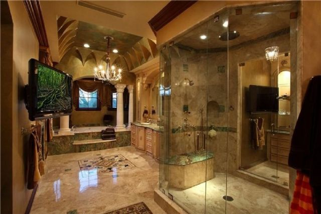 03 Astonishing Mediterranean Bathroom Design Ideas