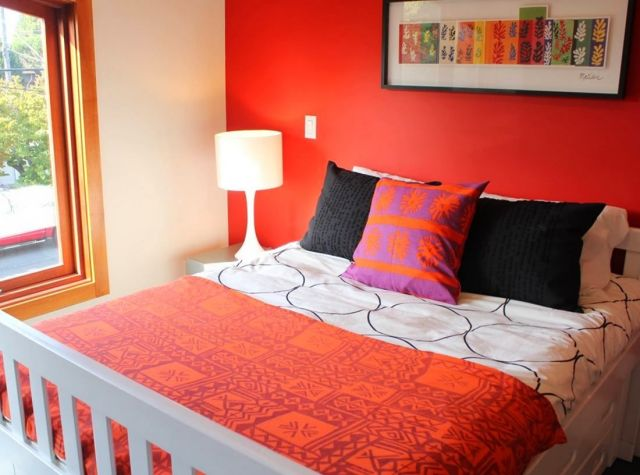 Ideas for Bedroom Wall Paint Color Combination 5