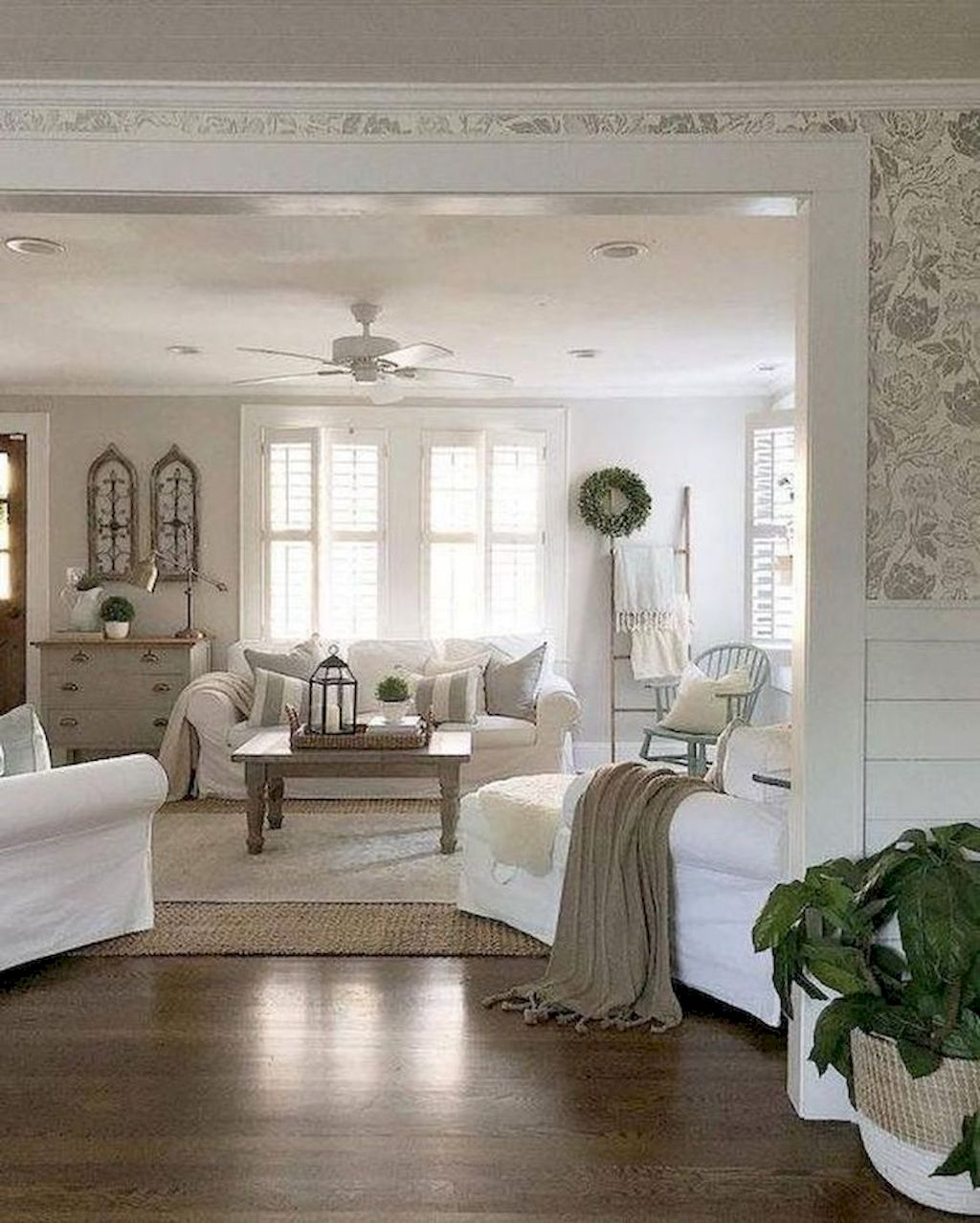 Cozy Living Room009
