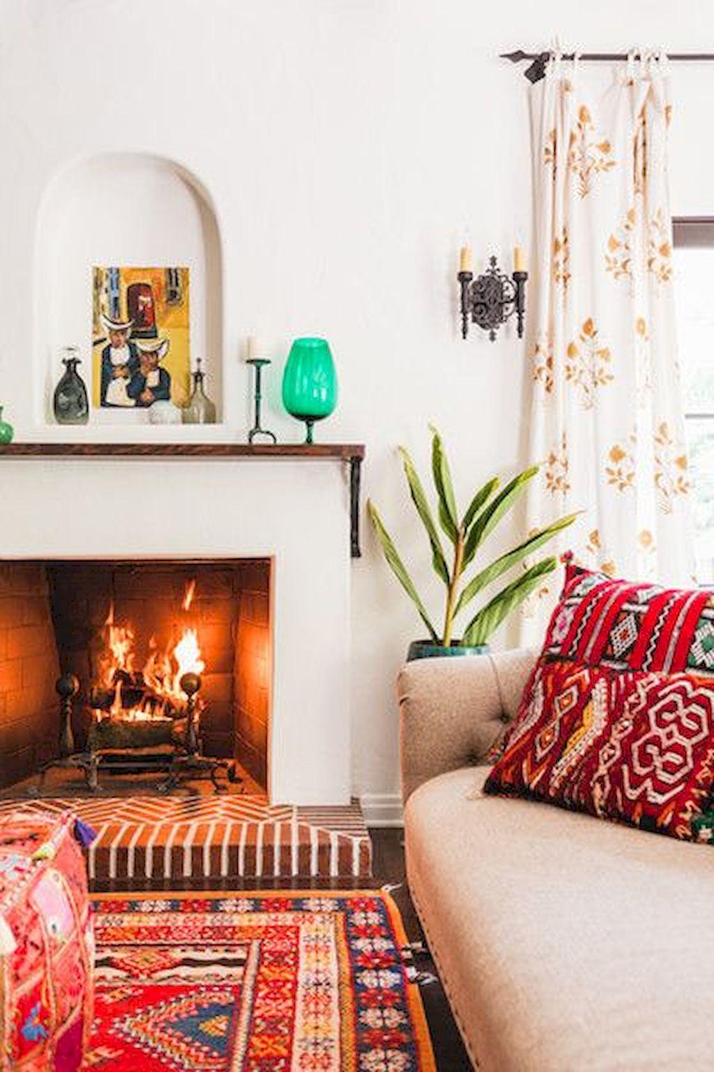 Cozy Living Room047