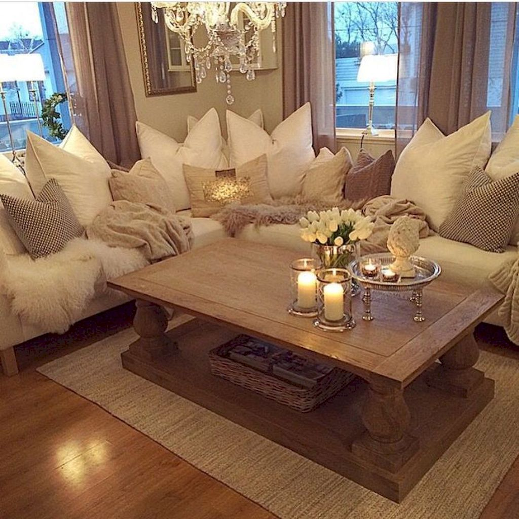 Cozy Living Room080