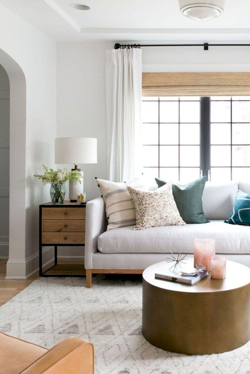 Cozy Living Room085