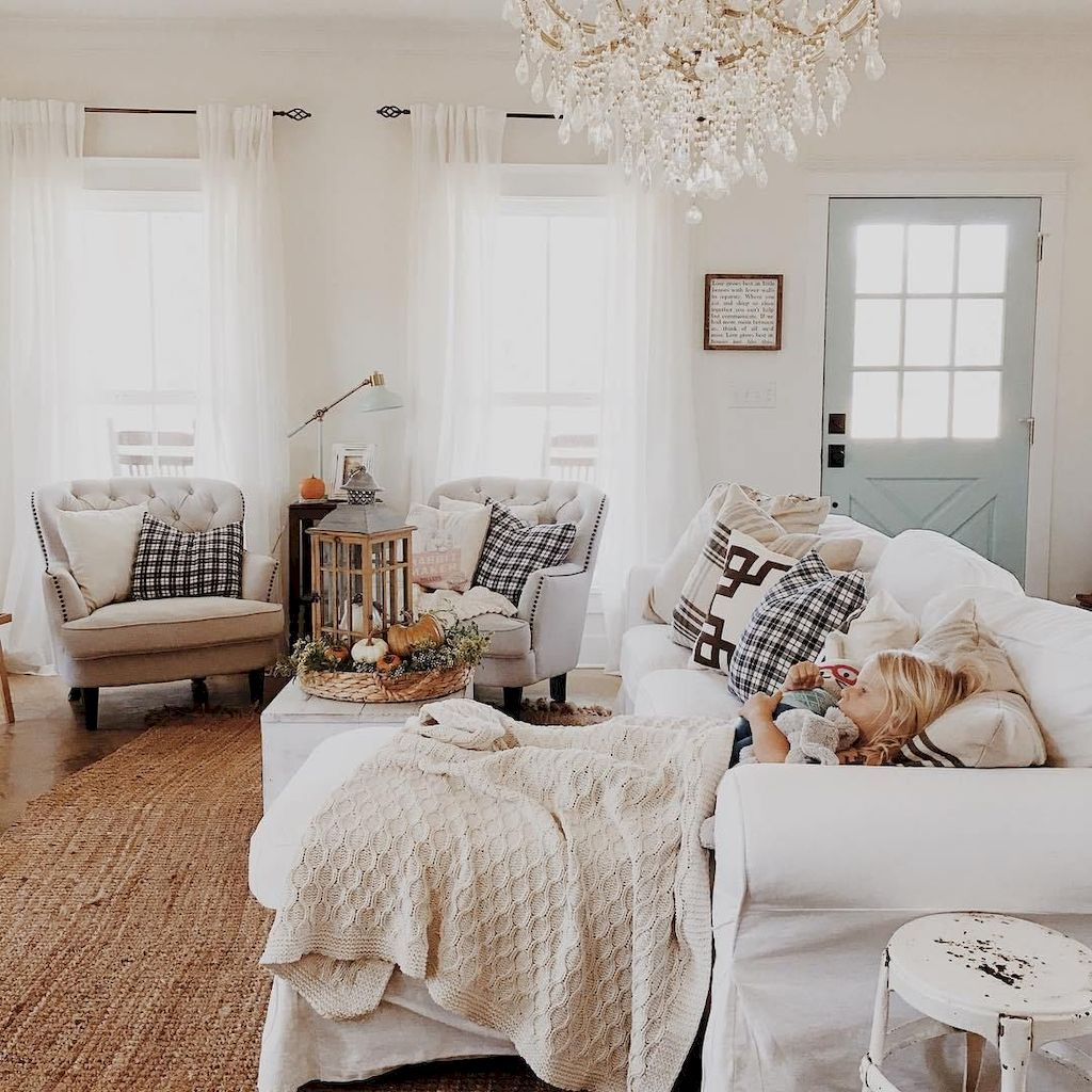 Cozy Living Room109