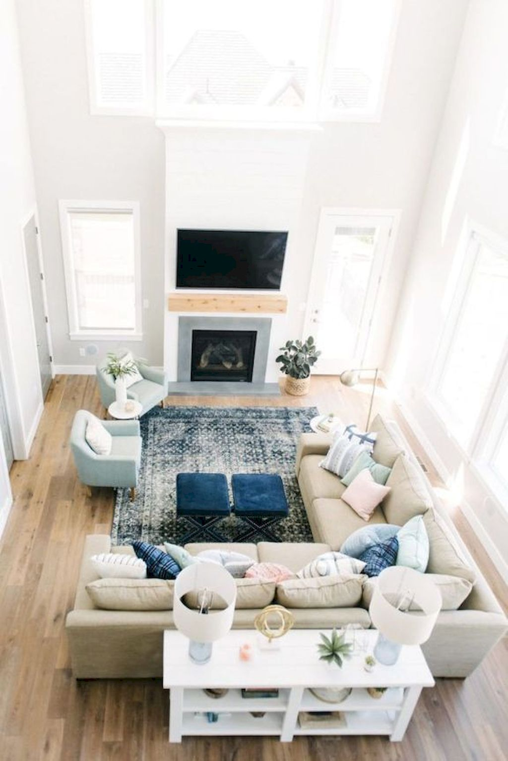 Cozy Living Room132