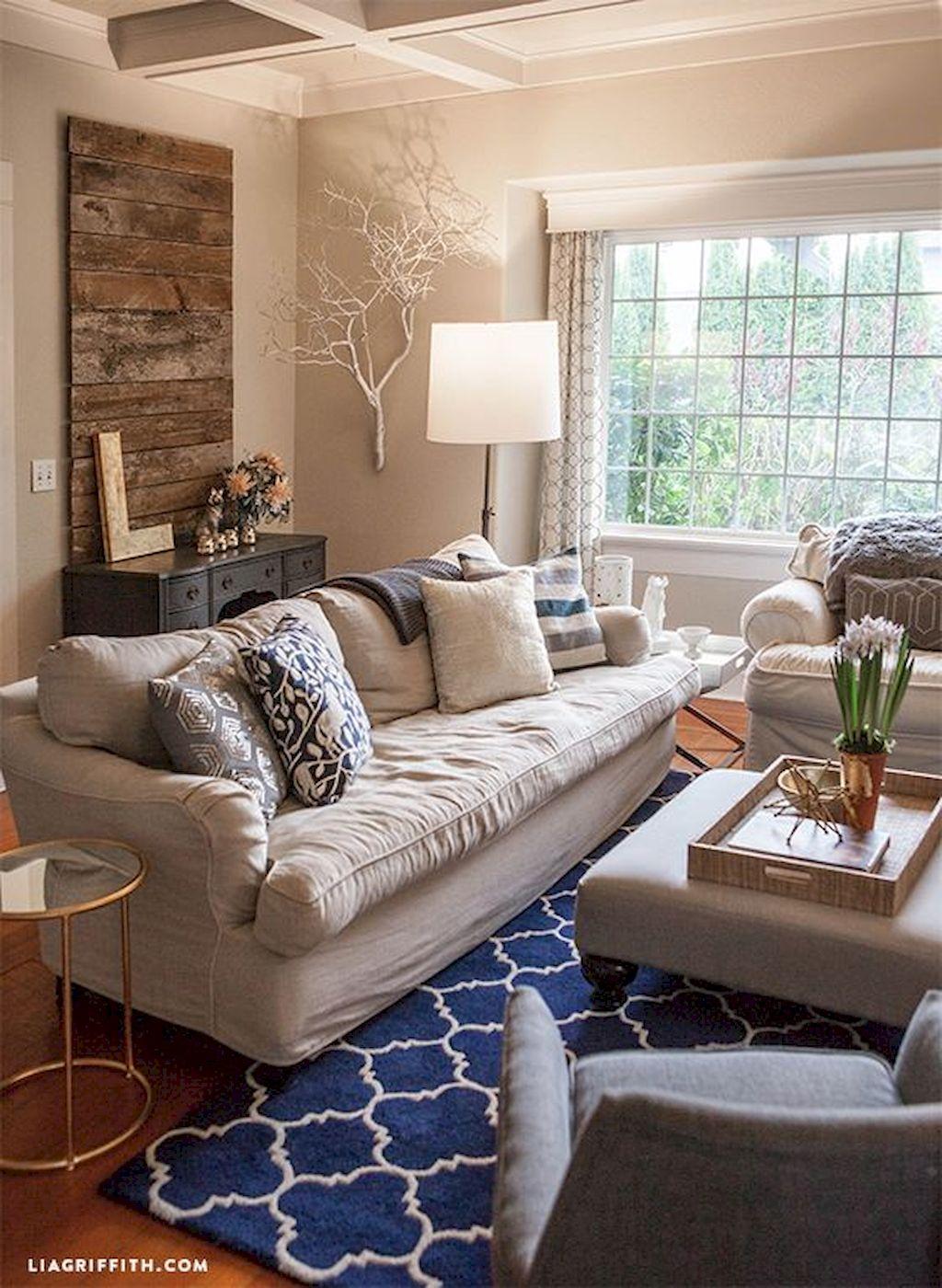 Cozy Living Room136