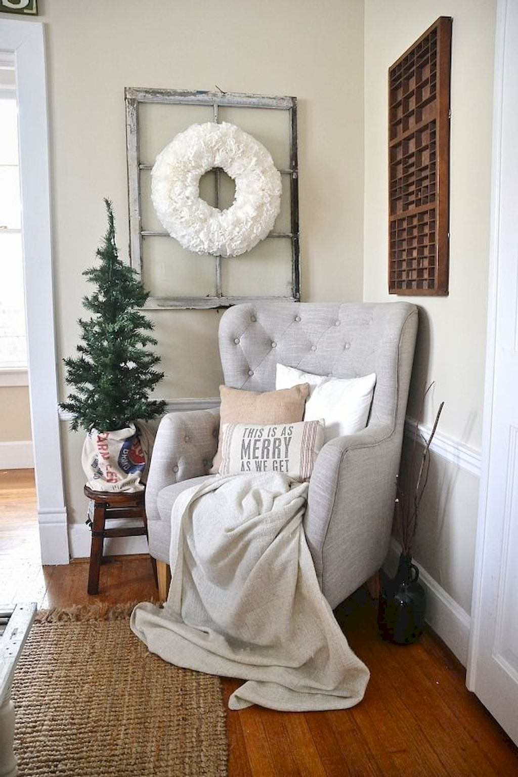 Cozy Living Room174