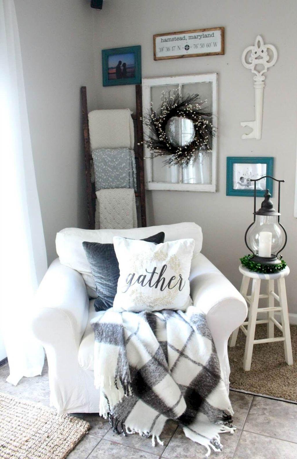 Cozy Living Room194