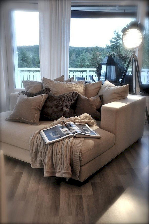 Cozy Living Room196