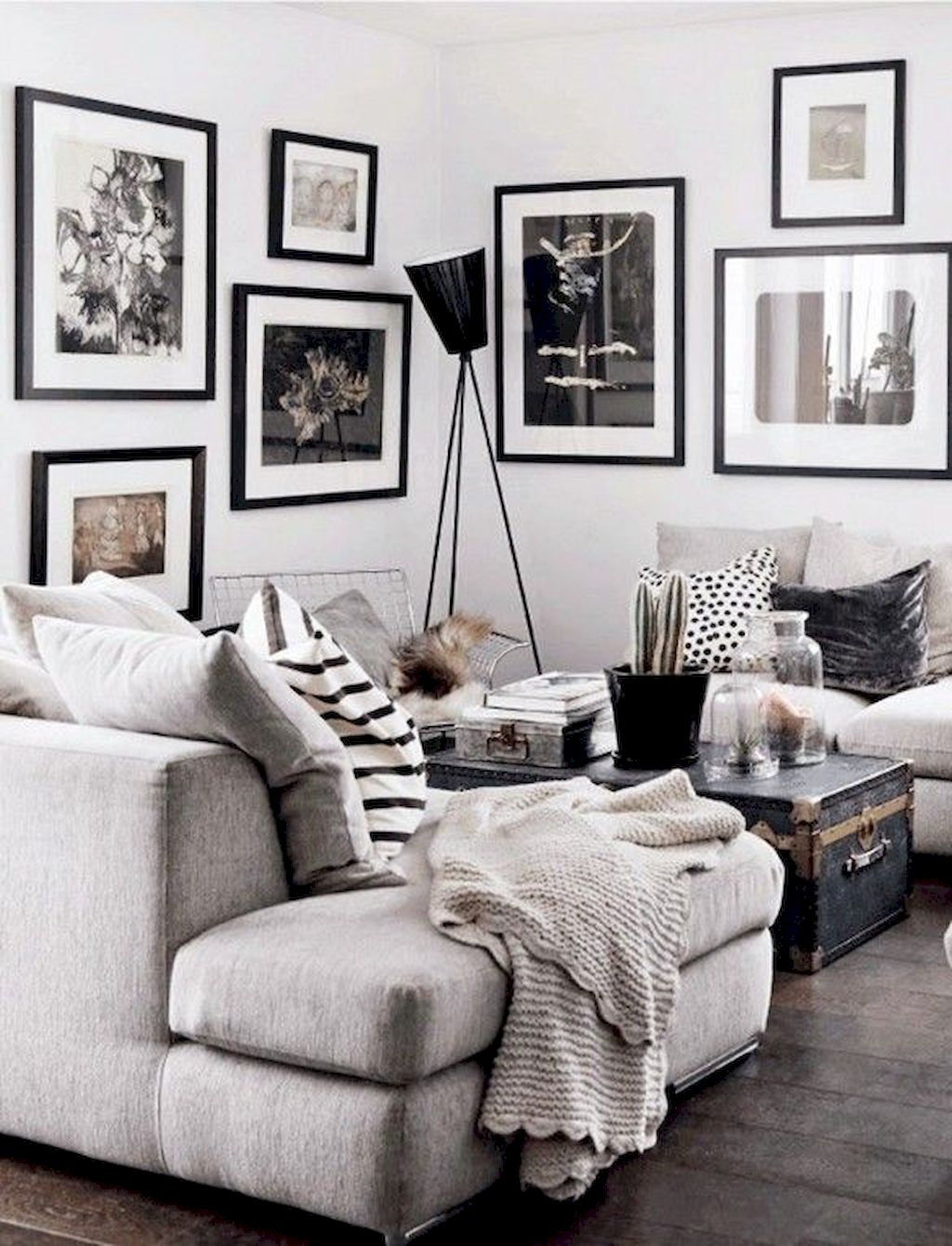 Cozy Living Room205
