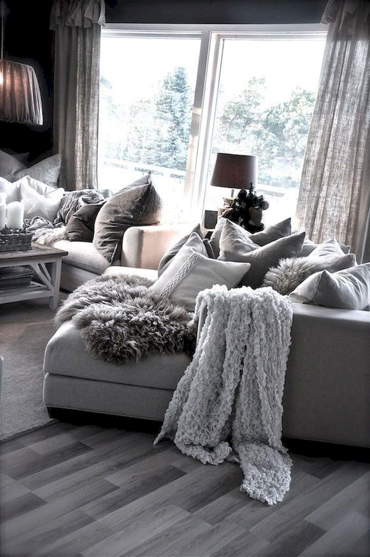 Cozy Living Room210