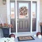 Elegant Front Door Decorating Ideas 11