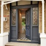 Elegant Front Door Decorating Ideas 16