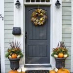 Elegant Front Door Decorating Ideas 32