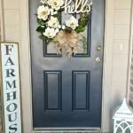 Elegant Front Door Decorating Ideas 49