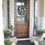 Elegant Front Door Decorating Ideas 76