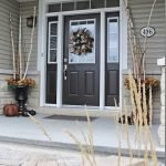 Elegant Front Door Decorating Ideas 91