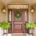 Elegant Front Door Decorating Ideas 109