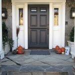 Elegant Front Door Decorating Ideas 115