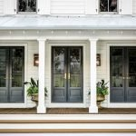 Elegant Front Door Decorating Ideas 121