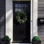 Elegant Front Door Decorating Ideas 130