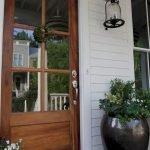 Elegant Front Door Decorating Ideas 133