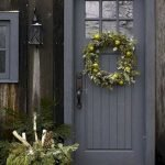 Elegant Front Door Decorating Ideas 142
