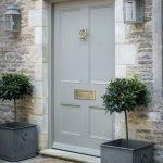 Elegant Front Door Decorating Ideas 146