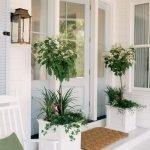 Elegant Front Door Decorating Ideas 149