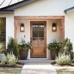 Elegant Front Door Decorating Ideas 171