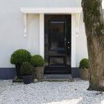 Elegant Front Door Decorating Ideas 182