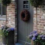 Elegant Front Door Decorating Ideas 183