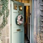 Elegant Front Door Decorating Ideas 194