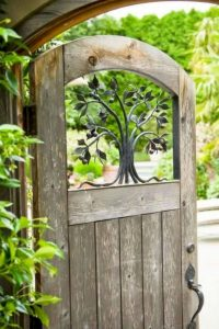 Awesome Garden Fencing Ideas For You to Consider 85