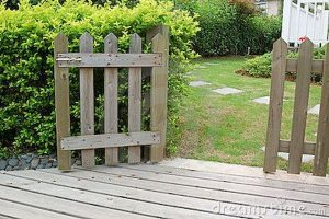 Awesome Garden Fencing Ideas For You to Consider 95
