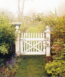 Awesome Garden Fencing Ideas For You to Consider 141