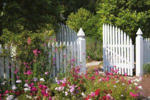 Awesome Garden Fencing Ideas For You to Consider 169