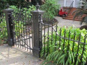 Awesome Garden Fencing Ideas For You to Consider 177