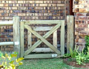 Awesome Garden Fencing Ideas For You to Consider 11