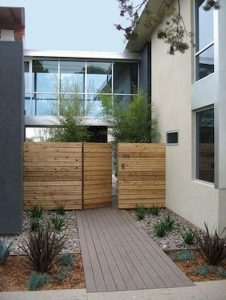 Awesome Garden Fencing Ideas For You to Consider 12