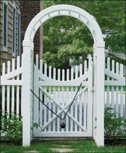 Awesome Garden Fencing Ideas For You to Consider 43